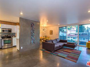 2260 N Cahuenga Blvd Apt 201, Los Angeles CA