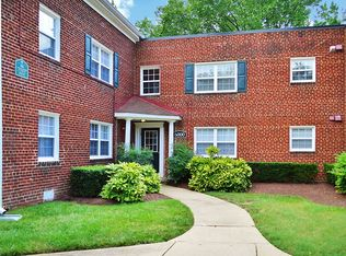 6004 Parkland Ct, District Heights, MD