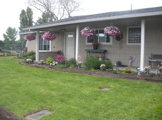 200 S Cascade Dr , Woodburn OR
