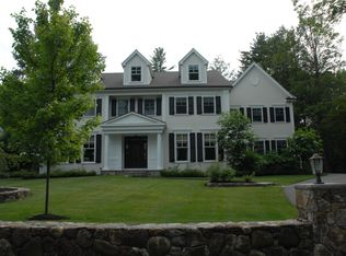 68 Woodcliff Rd , Wellesley MA
