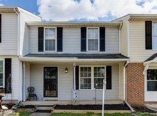 833 Oak Leaf Ct , Warrenton VA
