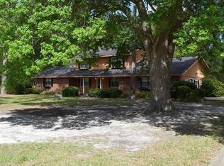 38 Photos 110 Worth St Jesup GA 31545