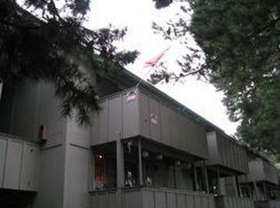 2468 W Bayshore Rd Apt 4, Palo Alto CA