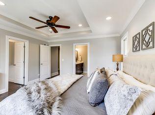 208 N Maison Ct Elmhurst Il 60126 Zillow