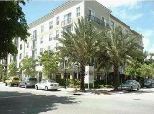 1919 Van Buren St Apt 804, Hollywood FL