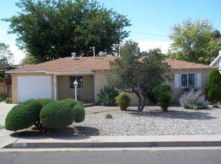 723 Manzano St NE , Albuquerque NM