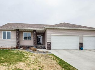 350 38th Ave E , West Fargo ND