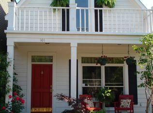 101 Village Ln , Memphis TN