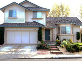 1001 White Alder Way , Fairfield CA