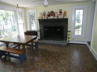 137 N Main St, Cohasset, MA 02025 | Zillow