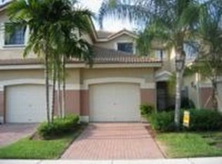 4333 Vineyard Cir , Weston FL