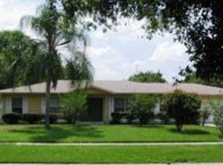 3016 Saint Charles Dr , Tampa FL