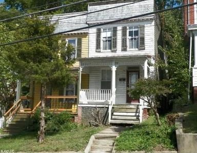 31 E Green St Westminster Md 21157 Zillow