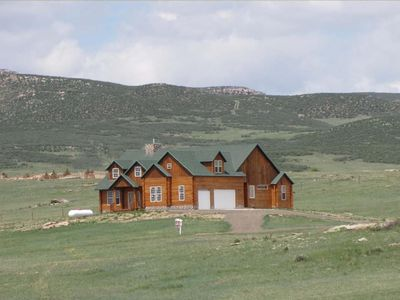 726 S Table Mountain Loop Cheyenne Wy 82009 Zillow