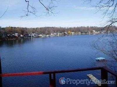 7452 S Crooked Lake Dr Delton Mi 49046 Zillow