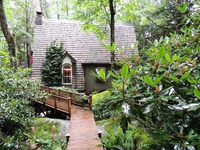 163 cherry boone nc 28607 zillow for Boone cabins for sale