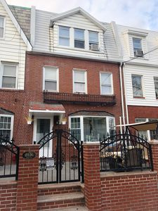 2126 29th st long island city ny 11105 zillow for Zillow long island city