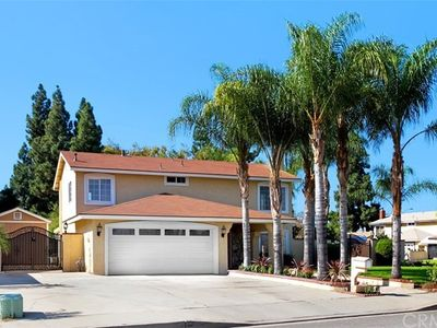 1322 s pine ave ontario ca 91762 zillow