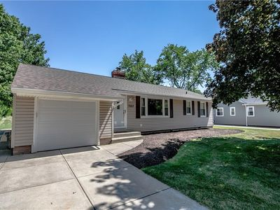 7007 Pearl Rd, Middleburg Heights, OH 44130   Zillow