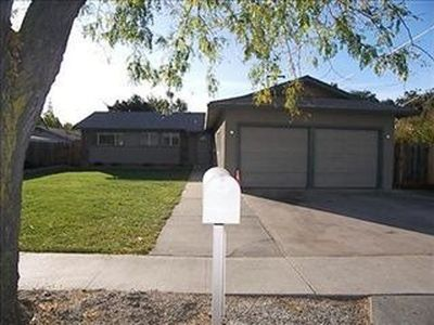 1115 Rose Ave, Modesto, CA 95355 | Zillow