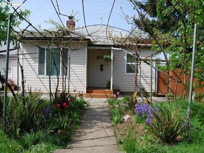 houses for lease 11439 ne shaver st portland or 97220 zillow 11439