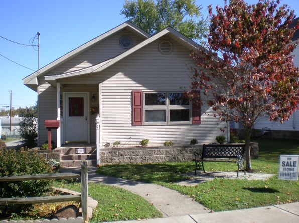1 bed 1 bath Single Family at 1202 Market St Metropolis, IL, 62960 is for sale at 63k - 1 of 11