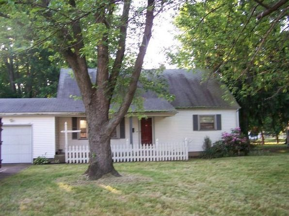 4 bed 2 bath Single Family at 1661 Lancaster Dr Youngstown, OH, 44511 is for sale at 129k - 1 of 36