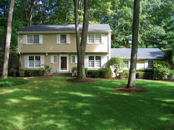 18 ellsworth ter montvale nj 07645 zillow For18 Ellsworth Terrace Montvale Nj