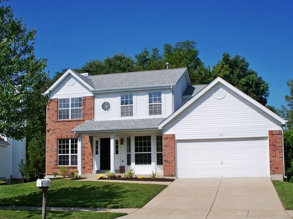 3 bed 4 bath Single Family at 180 BRIGHTHURST DR CHESTERFIELD, MO, 63005 is for sale at 425k - 1 of 13