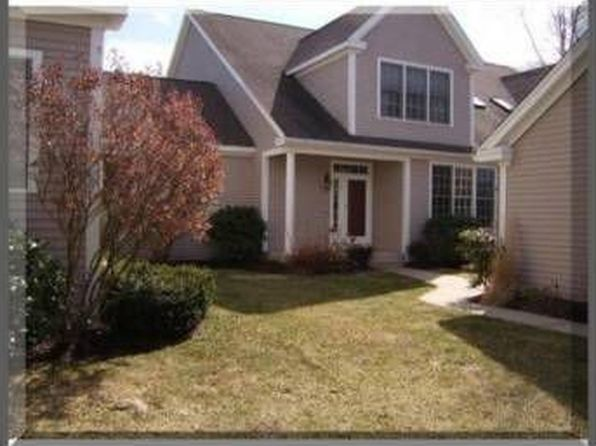 10 valley view rd wayland ma 01778 zillow for 5668 willow terrace dr