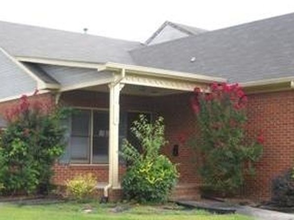 Decatur al townhomes townhouses for sale 11 homes zillow for Home builders decatur al