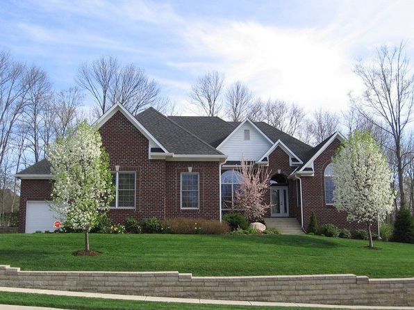 4 bed 4 bath Single Family at 10723 TIMBER OAK CIR INDIANAPOLIS, IN, 46236 is for sale at 400k - 1 of 31