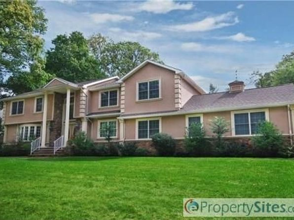 10 old farm rd north caldwell nj 07006 zillow for 15 brookside terrace north caldwell nj
