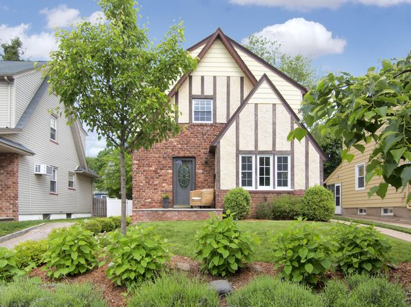 Recently sold homes in bloomfield nj 1 371 transactions for 21 overlook ridge terrace