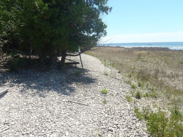 3202 s lakeshore drive bois blanc island mi 49775 zillow. Black Bedroom Furniture Sets. Home Design Ideas