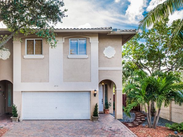 Dania Beach Waterfront Homes For Sale