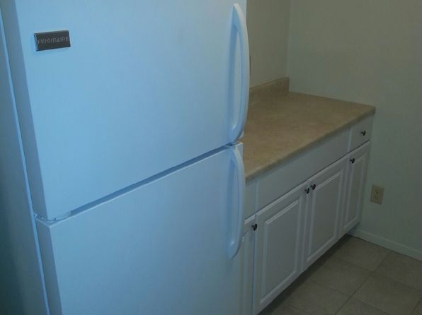 Apartments For Rent in Normal IL   Zillow. 3 Bedroom House For Rent Normal Il. Home Design Ideas