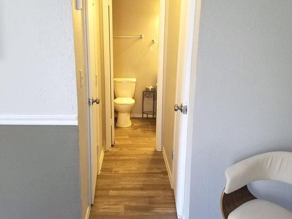 Groovy Studio Apartments For Rent In Tulsa Ok Zillow Home Interior And Landscaping Palasignezvosmurscom