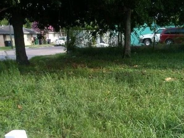 Lot/Land For Sale