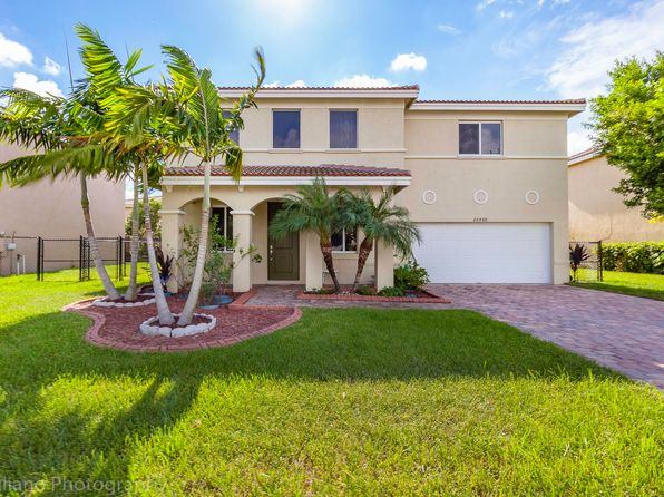 In Den Miami Gardens Real Estate Miami Gardens Fl