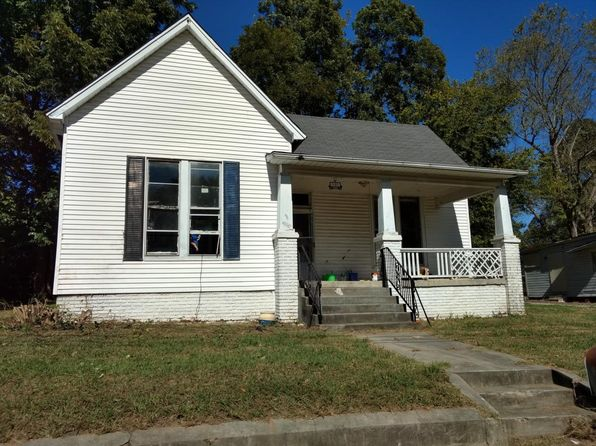 Rental listings in 38301 13 rentals zillow for Hardwood floors jackson tn