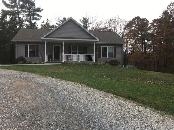 Callaway real estate callaway va homes for sale zillow for Calloway homes