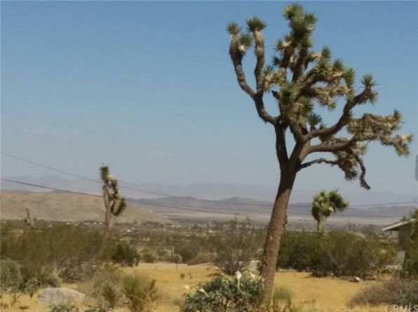 on a paved road joshua tree real estate joshua tree ca homes for sale zillow. Black Bedroom Furniture Sets. Home Design Ideas