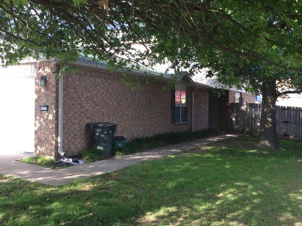 Awe Inspiring 6036 W Quinn St Fayetteville Ar 72704 Beutiful Home Inspiration Semekurdistantinfo