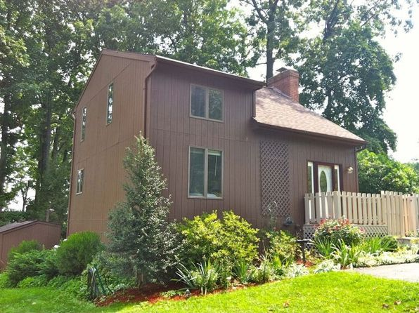 2960 woodshead ter york pa 17403 zillow for 4165 woodlyn terrace york pa