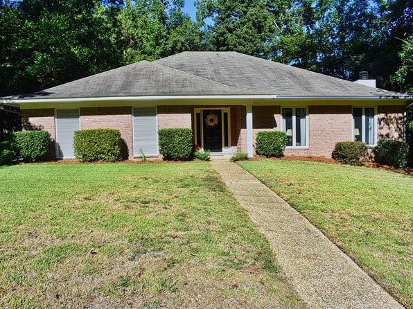 Excellent Swimming Pool Columbus Real Estate Columbus Ga Homes For Home Interior And Landscaping Transignezvosmurscom