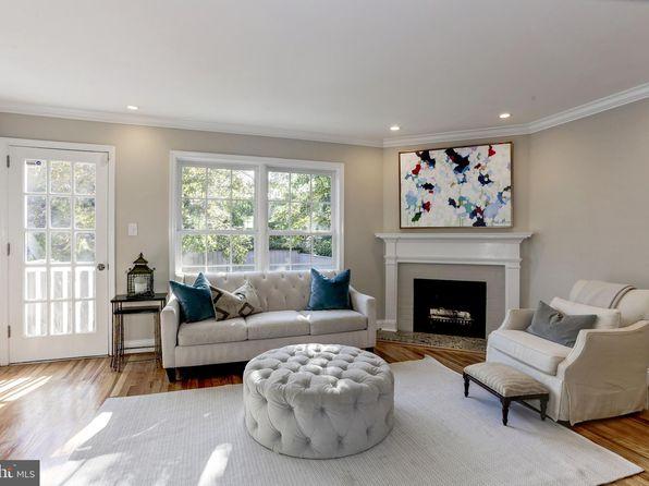 Open Floor Plan - Alexandria Real Estate - Alexandria VA ... on townhouse open floor design, townhouse patios, townhouse flooring,