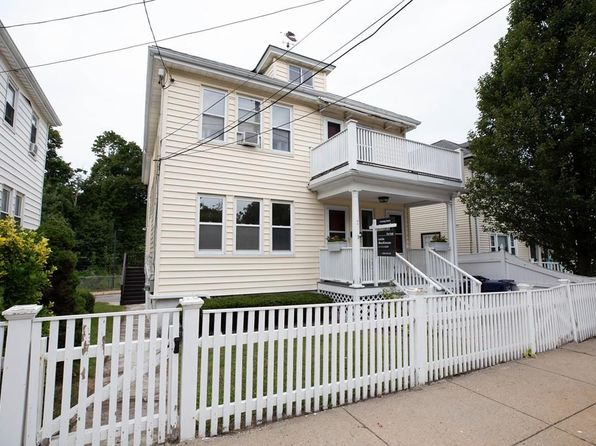Awesome Boston Ma Duplex Triplex Homes For Sale 260 Homes Zillow Home Interior And Landscaping Mentranervesignezvosmurscom
