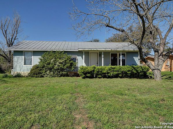 615 mcannelly ave devine tx 78016 zillow