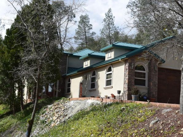 Inground Pool - Redding Real Estate - Redding CA Homes For Sale | Zillow